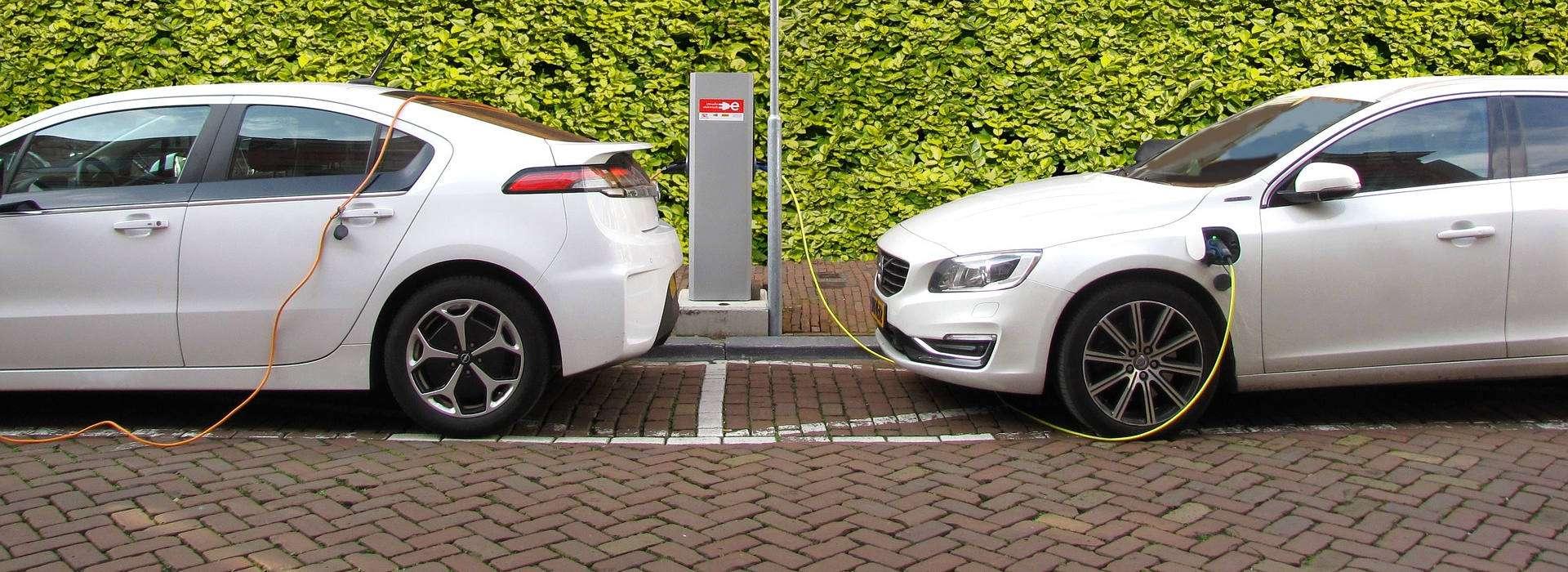 cargador eléctrico coche