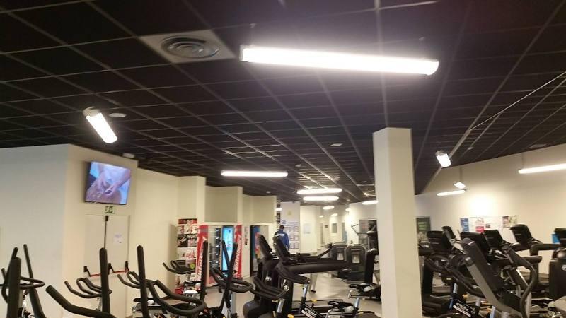 luminaria centro deportivo
