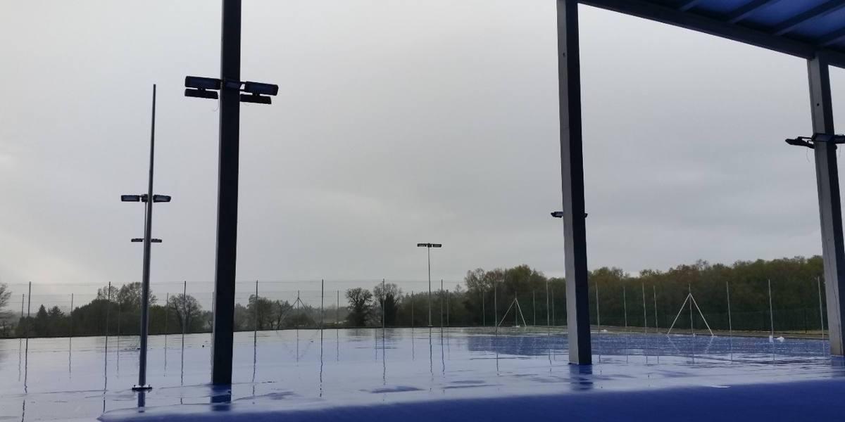 pista tenis luminaria