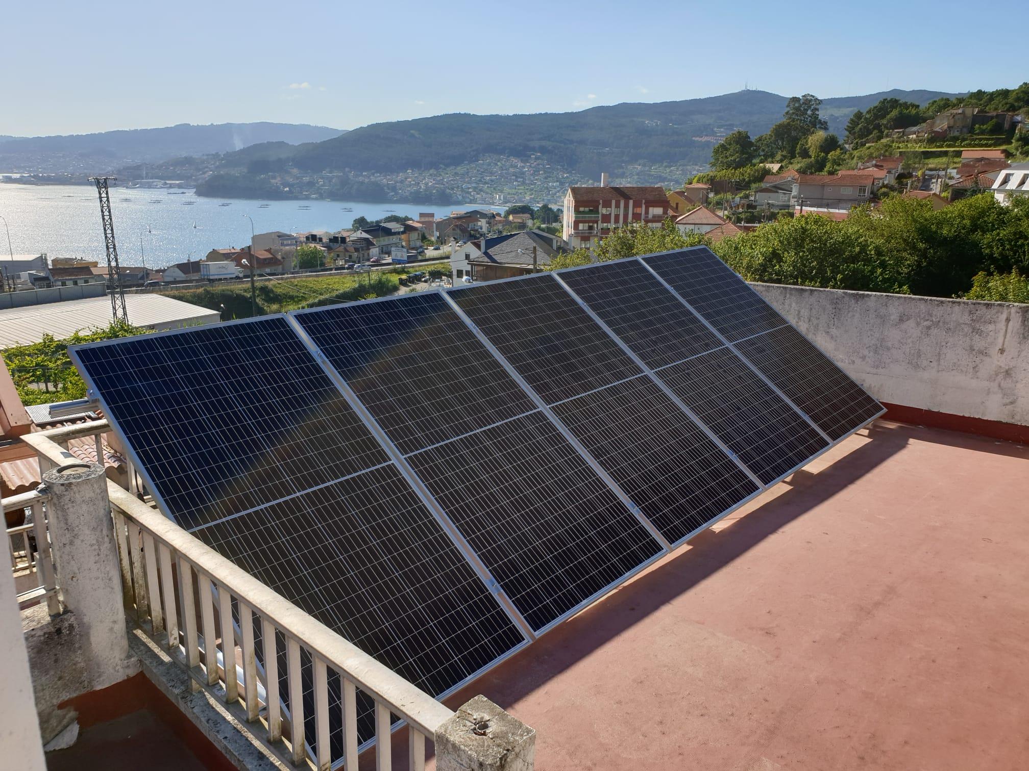 Instalación paneles solares chapela
